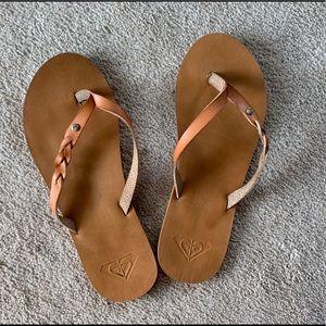 Roxy Quiksilver Brown braid flip flops
